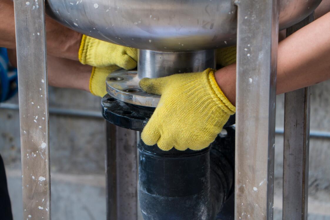 UF进水过滤器底部安装法兰片2.jpg
